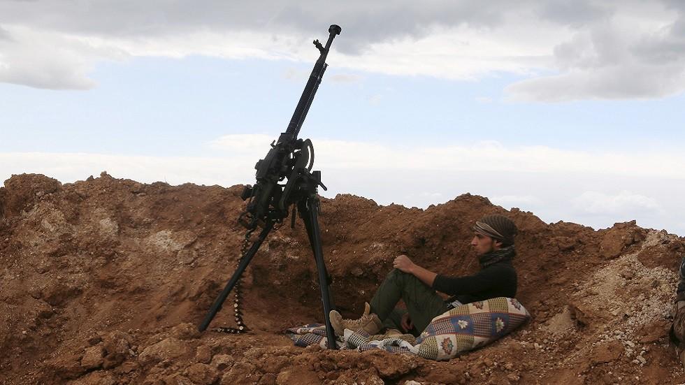 عنصر من الفصائل السورية المسلحة (صورة أرشيفية)