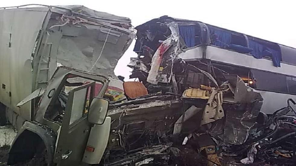 صورة ارشيفية لاصطدام باص مع شاحنة في جنوب روسيا