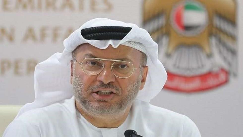 قرقاش: قطر حولت نفسها إلى ظاهرة إعلامية وممولة لعدم الاستقرار