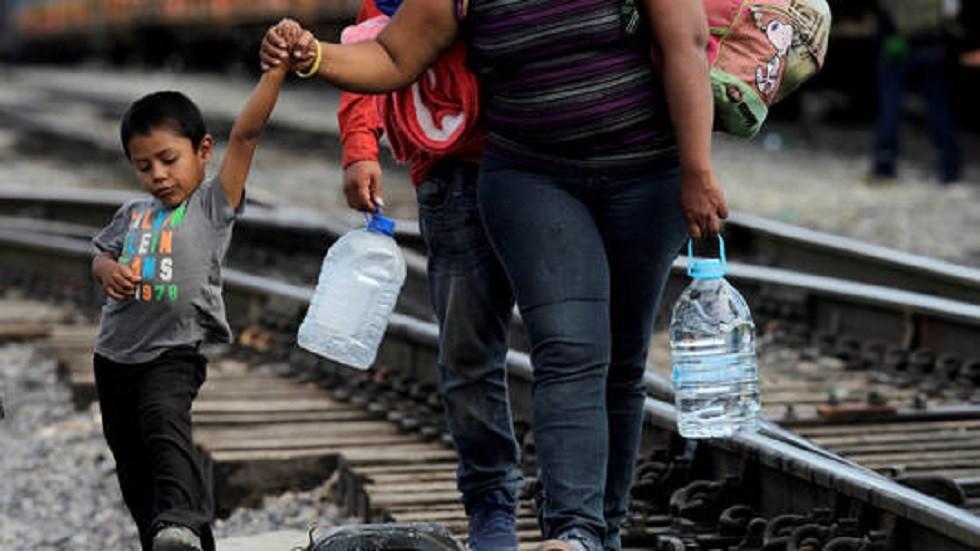 قاض فدرالي يحبط مرسوما لترامب يقيّد حق اللجوء