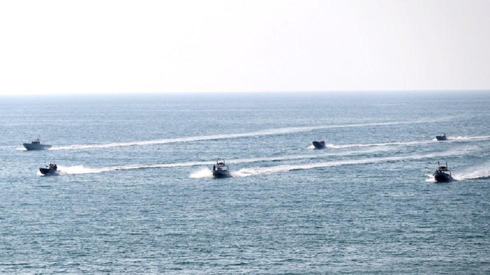 طهران: بحريتنا ستجري مناورات مشتركة مع موسكو شمال المحيط الهندي