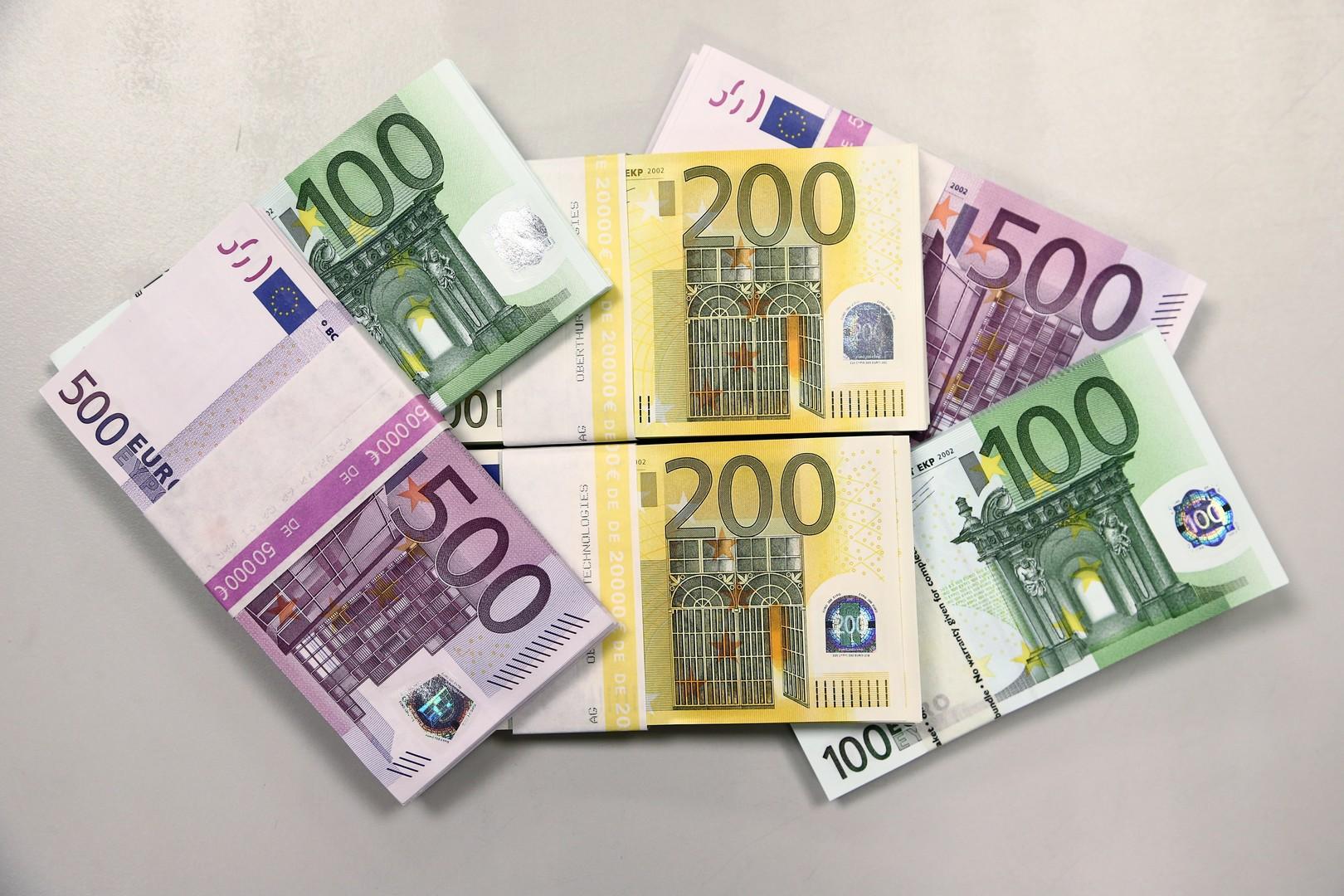 معنويات مستثمري منطقة اليورو في الحضيض