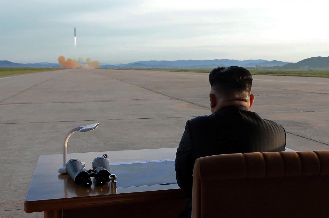 رابع تجربة في أسبوعين.. كوريا الشمالية تطلق صواريخ متطورة (فيديو)