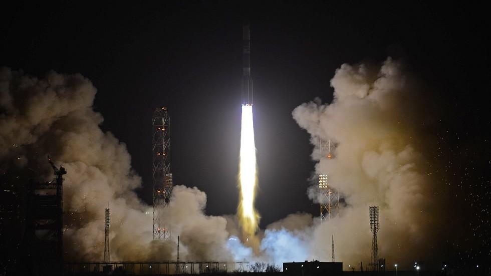 روسيا تضع قمرا عسكريا جديدا في مداره الفضائي