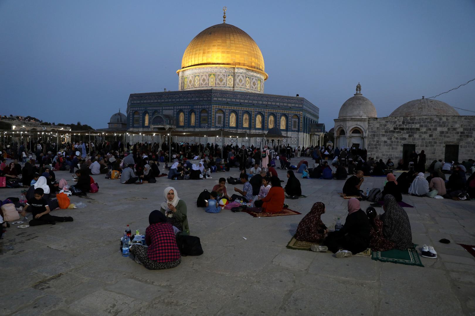 إغلاق مساجد القدس في أول أيام عيد الأضحى ودعوات لشد الرحال إلى الأقصى