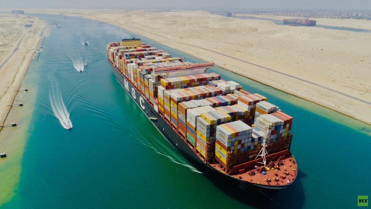 أكبر سفينة حاويات في العالم