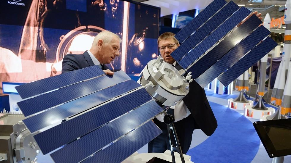 روسيا تطور أقمارا صناعية تدمر نفسها ذاتيا!