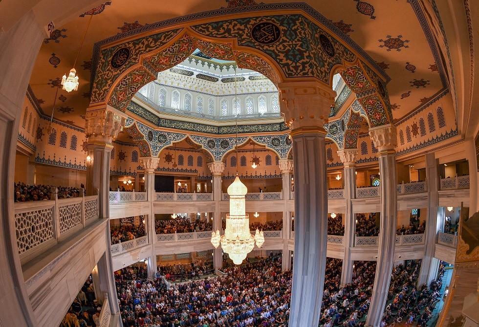 صلاة عيد الأضحى المبارك من جامع موسكو الكبير