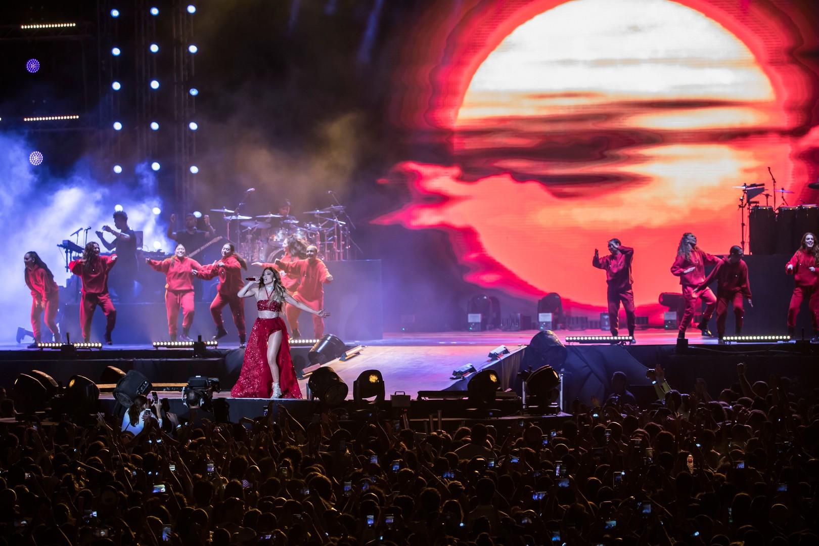 جينيفر لوبيز تحيي أول حفل لها في مصر (صور)