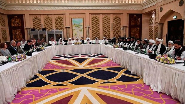 إحدى الجولات السابقة من محادثات السلام بين الولايات المتحدة وحركة طالبان الأفغانية في الدوحة (صورة أرشيفية)