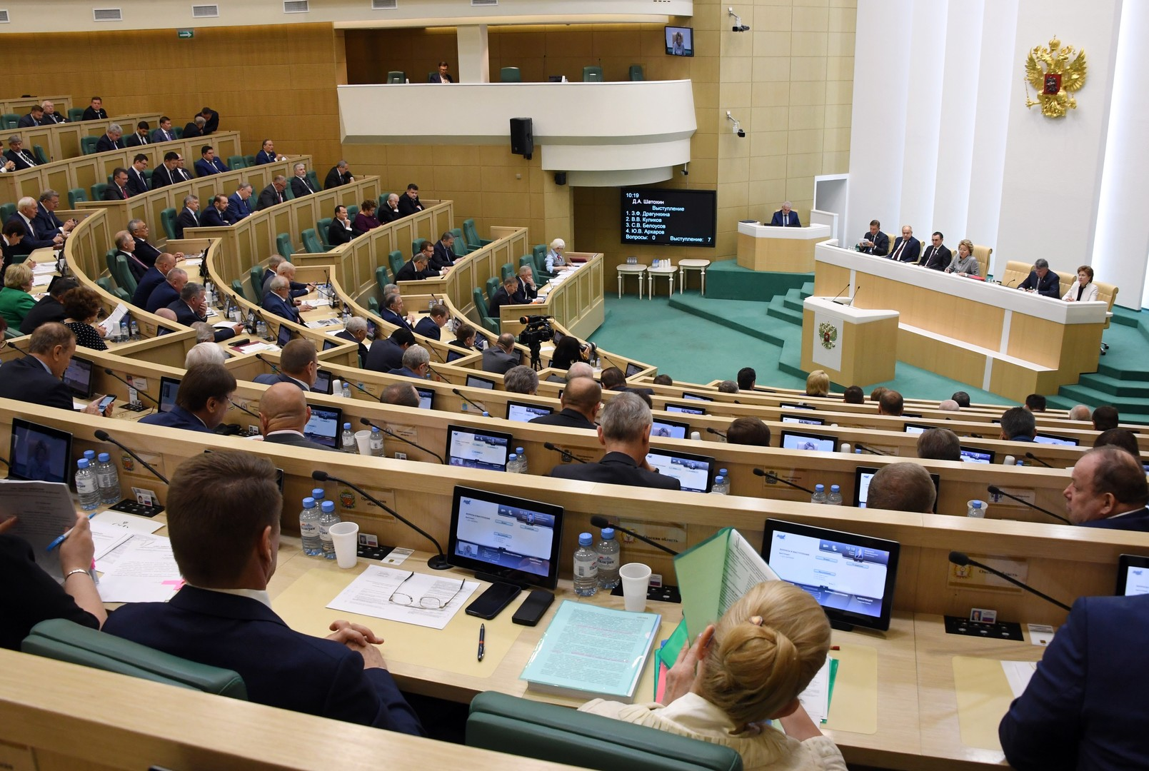 مجلس الاتحاد الروسي يعتزم مساءلة سفراء أجانب بشأن التدخل في شؤون روسيا
