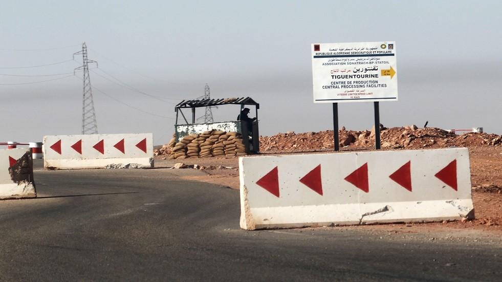 نقطة تفتيش للجيش الجزائري - أرشيف