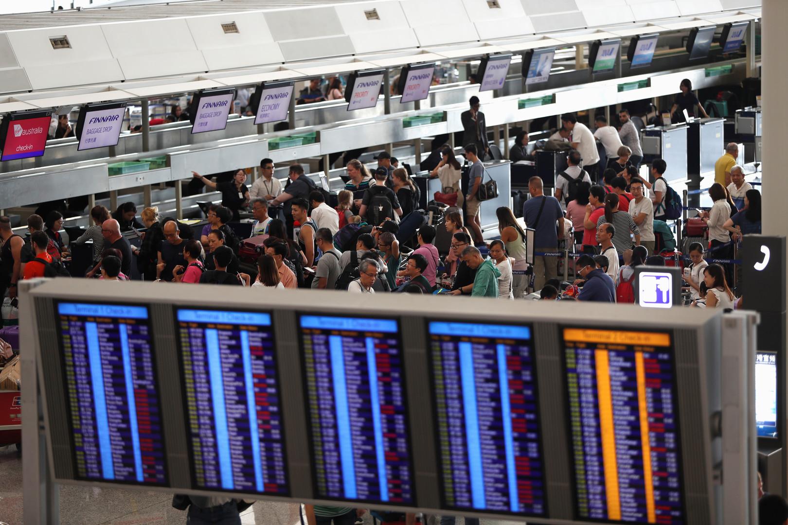 إعادة فتح مطار هونغ كونغ!