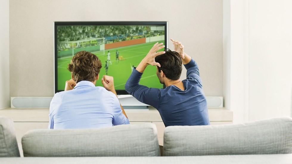 علماء يكشفون فائدة صحية غير متوقعة لمشاهدة كرة القدم!