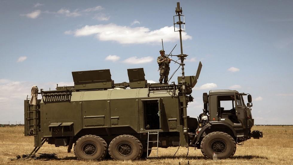 صحيفة أمريكية: محطات الحرب الإلكترونية الروسية تكف بصر الطائرات الشبحية الأمريكية