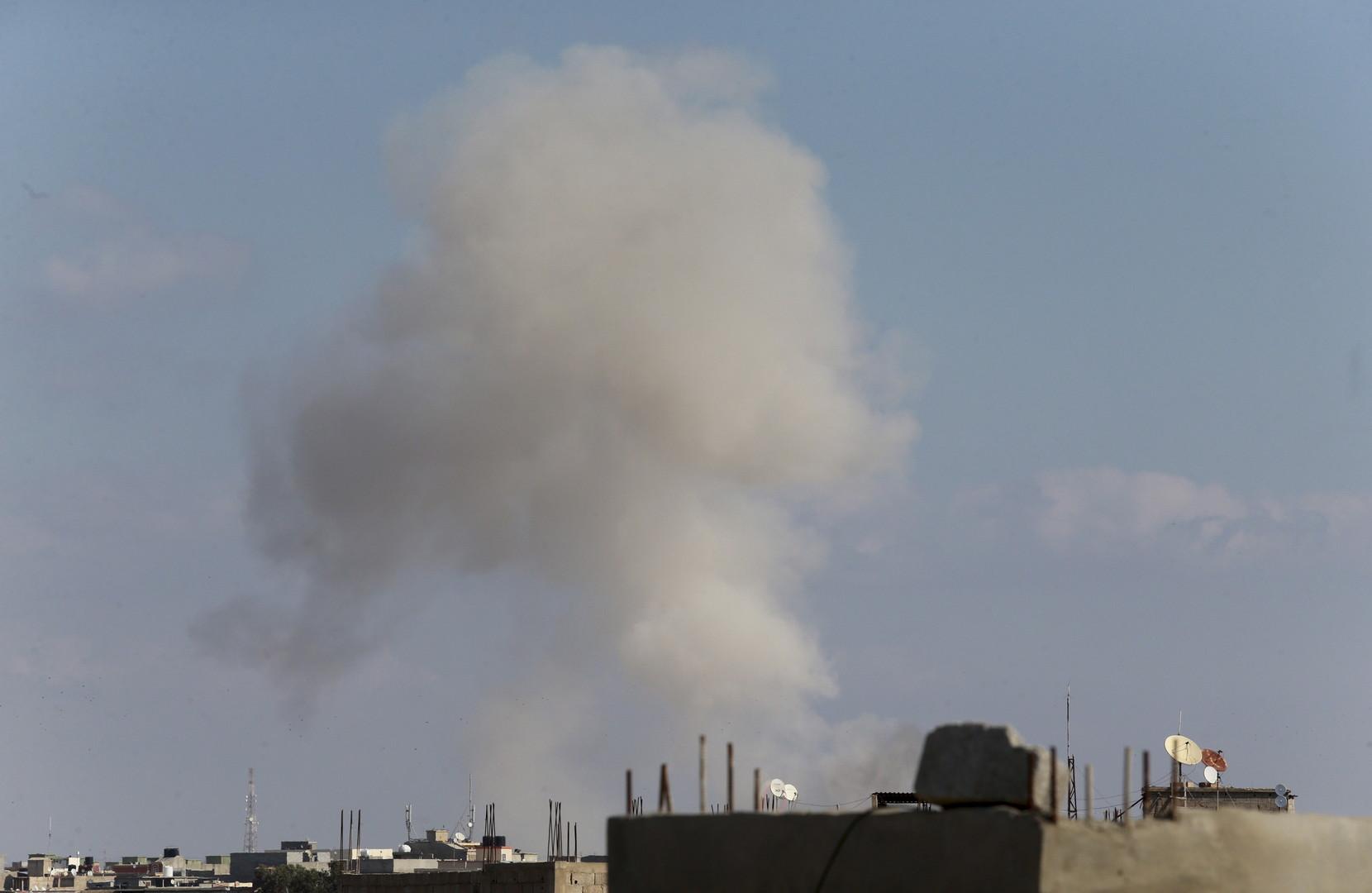 مراسلنا: غارة جوية على مطار زوارة غرب طرابلس في ليبيا
