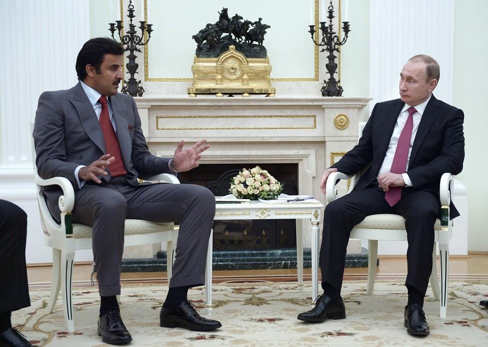 أرشيف - بوتين مع أمير قطر تميم بن حمد آل ثاني في الكرملين، 18 يناير 2016