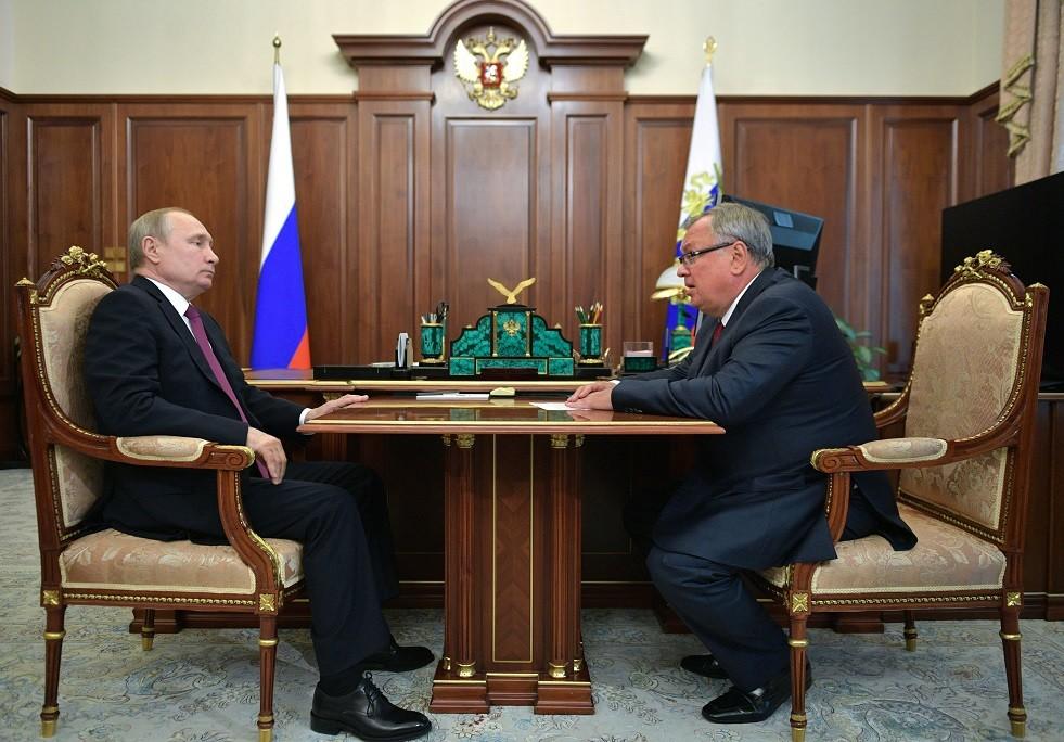 بوتين يتوقع انخفاض فائدة القروض العقارية قبل نهاية العام
