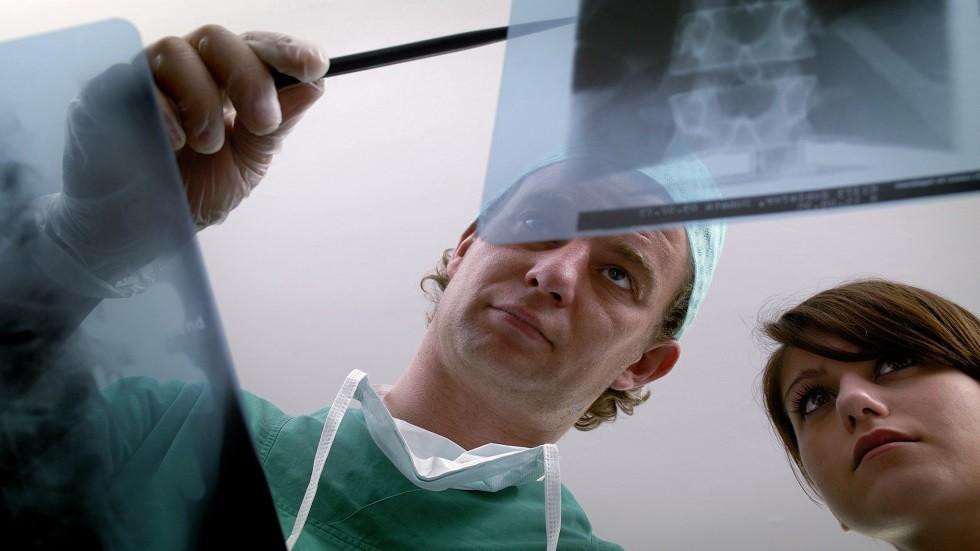 رجل يكتشف صدفة إصابته بحالة طبية نادرة