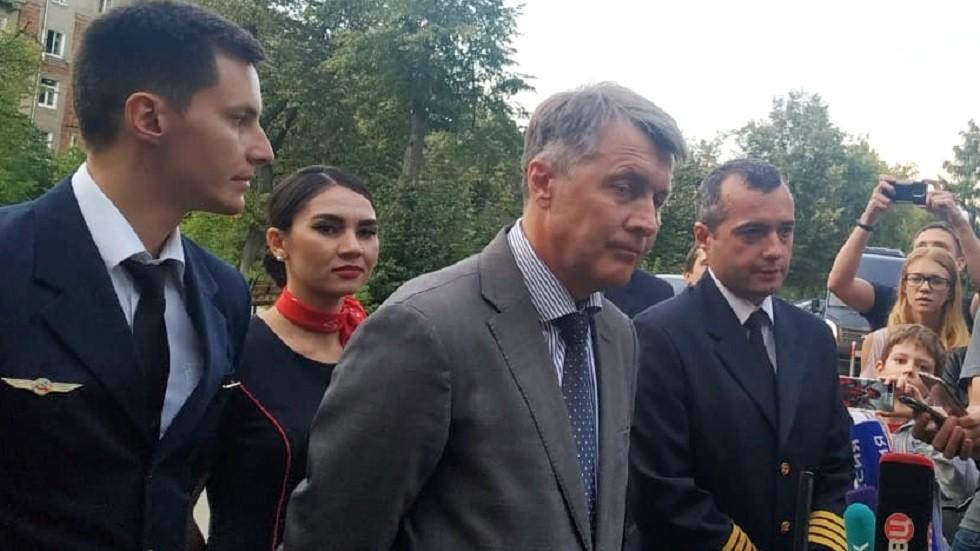 شهادتان في البطل الثاني لواقعة هبوط الطائرة المدنية الروسية في حقل زراعي