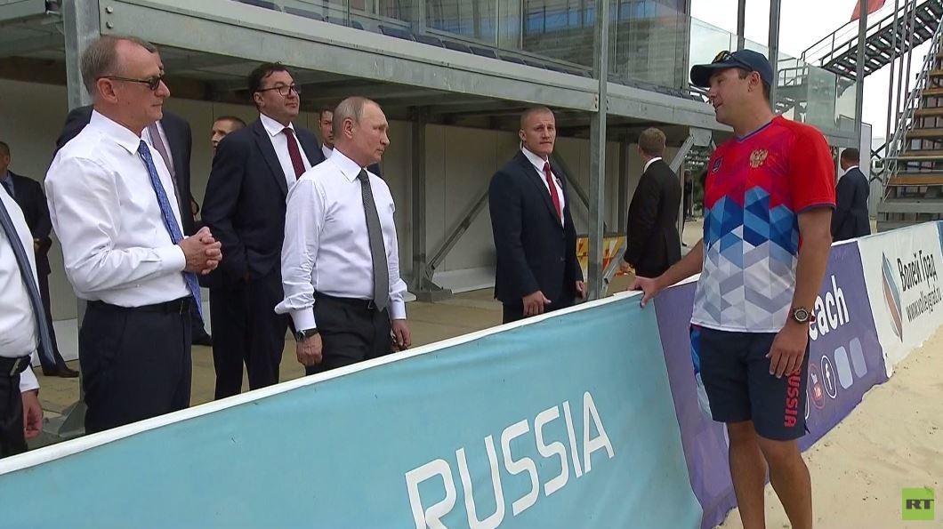 بوتين يزور مجمع الرياضة واللياقة البدنية