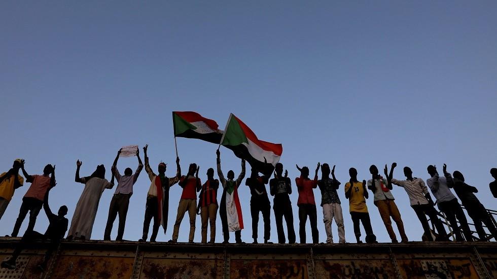 السودانيون فرحون بالاتفاق بين العسكري والمعارضة