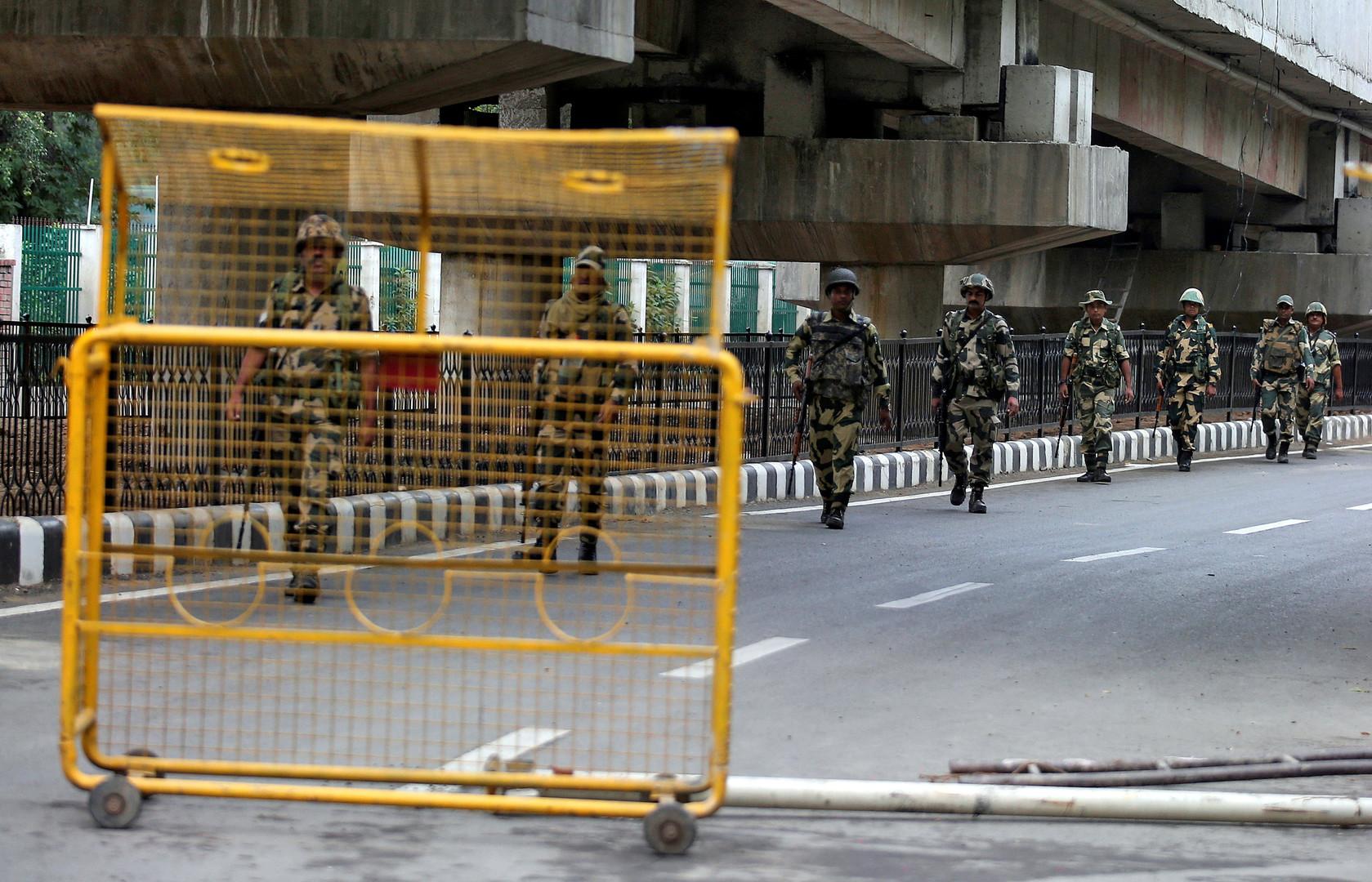 السلطات الهندية تخفف القيود على كشمير