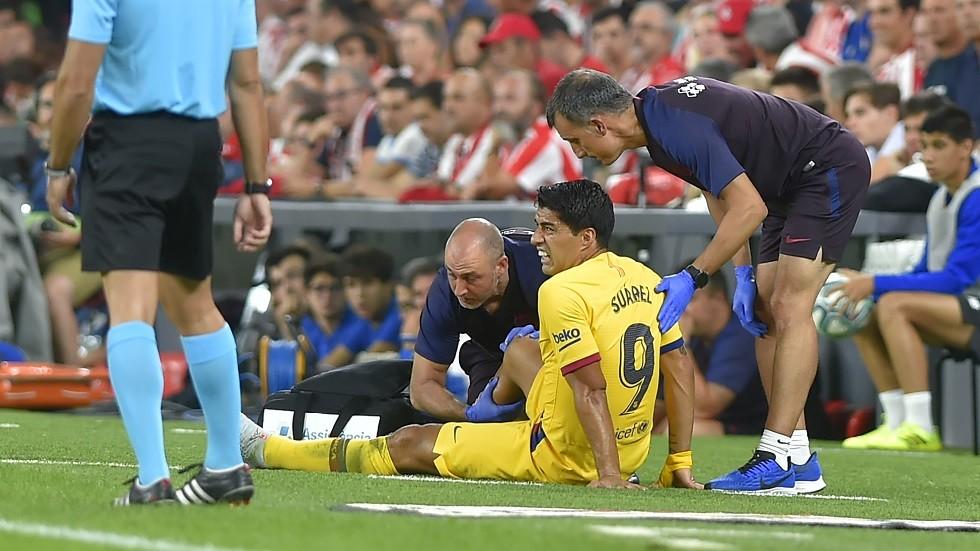 برشلونة يعلن تفاصيل إصابة سواريز