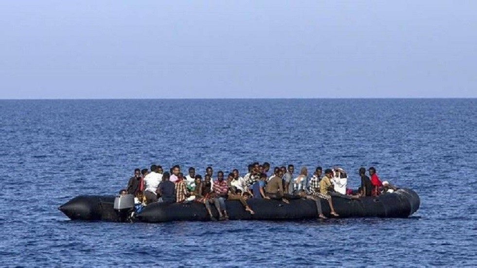 إنقاذ مئات المهاجرين قبالة الساحل الليبي