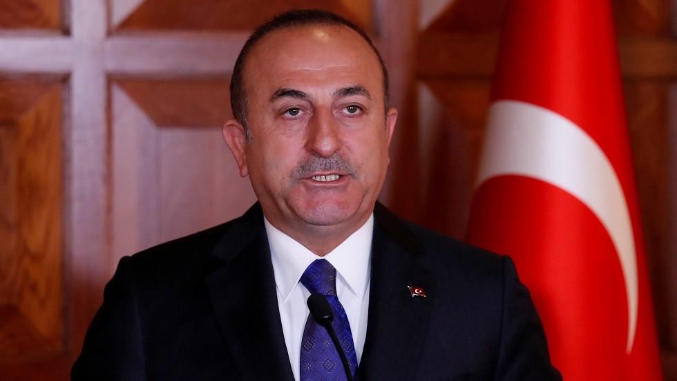 تشاووش أوغلو يؤكد وقوف تركيا إلى جانب الاستقرار في السودان