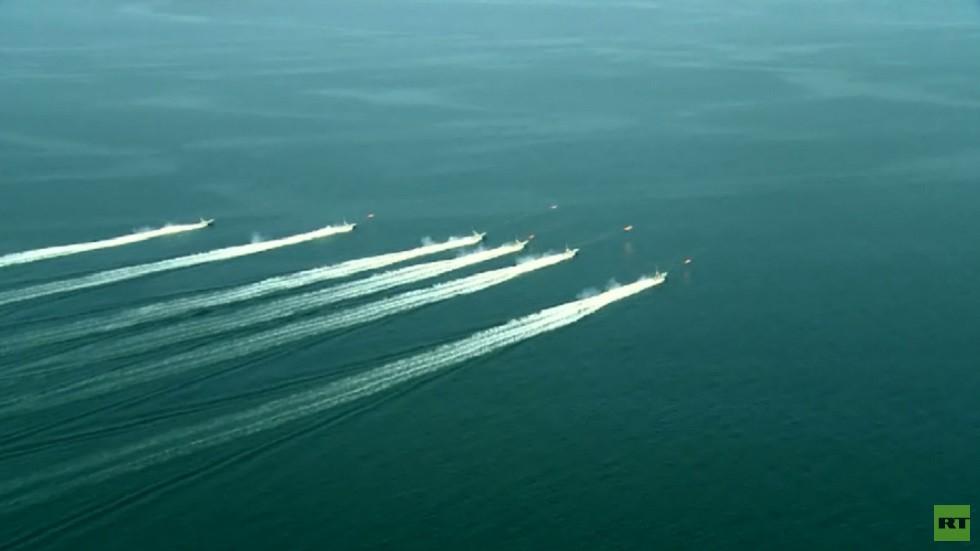 طهران: أسطولنا مستعد لمرافقة الناقلة