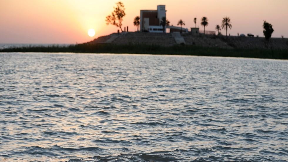 مدينة السياحية في الحبانية غربي العراق