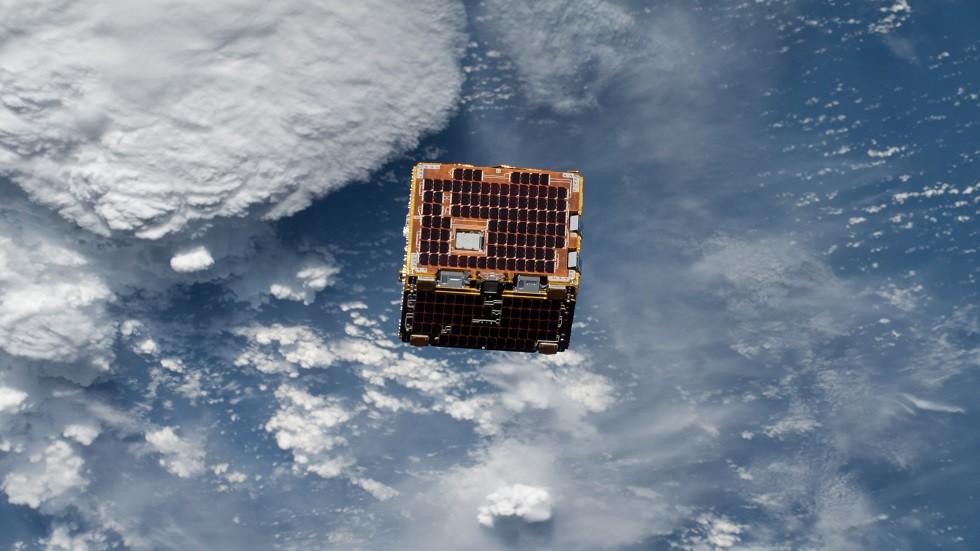 صحيفة: اليابان تخطط لإطلاق أجهزة فضائية لتدمير الأقمار المعادية