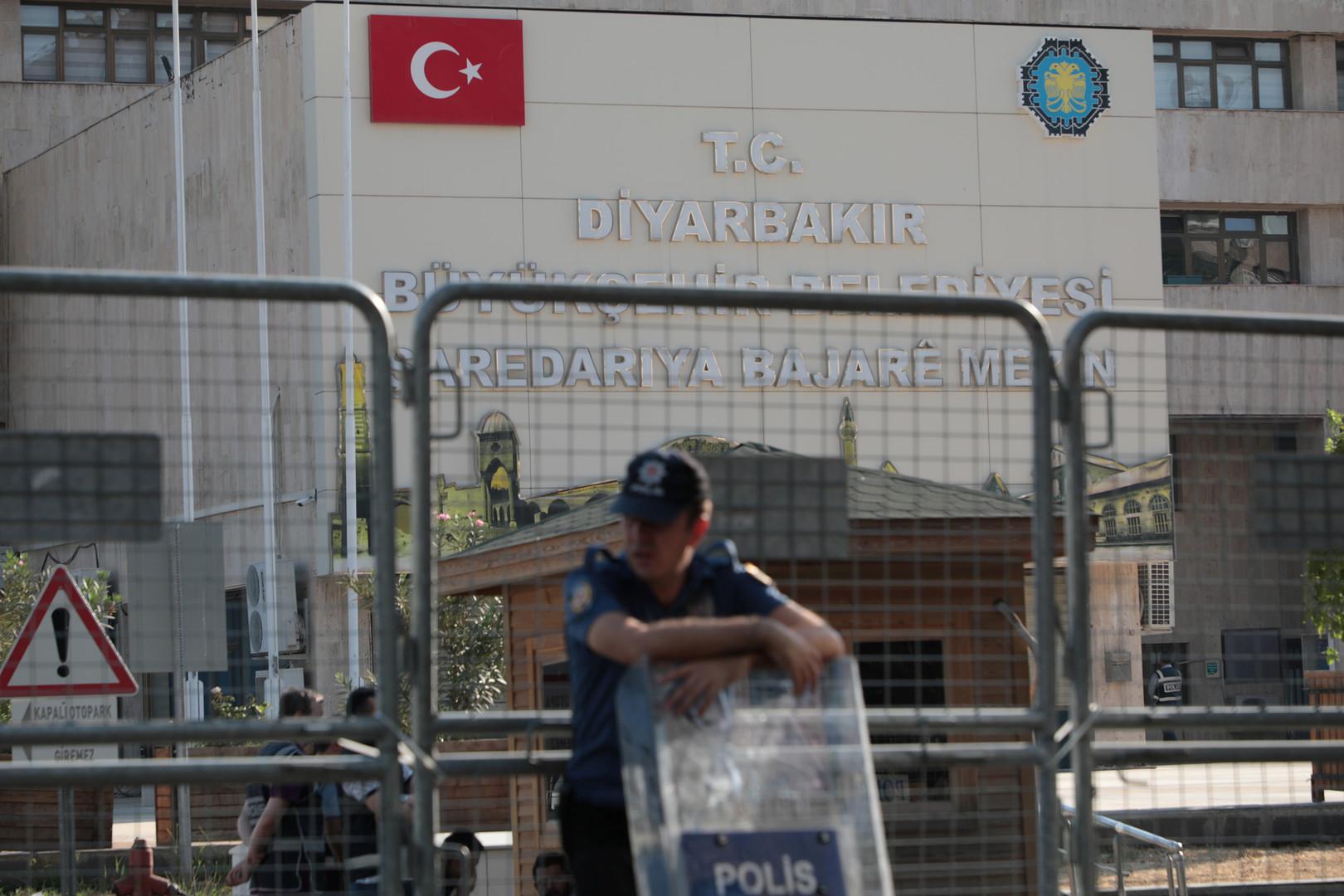 تركيا.. حملة اعتقالات تطال المئات بتهمة التواطؤ مع