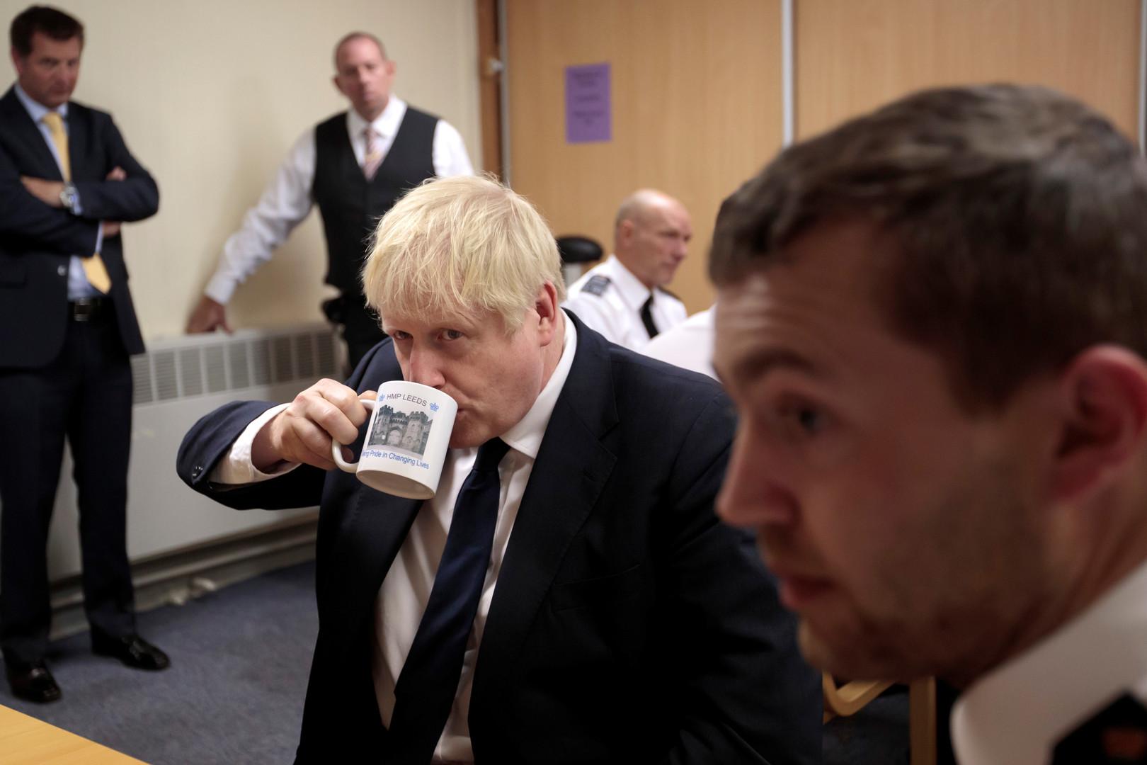 جونسون يلتقي ميركل وماكرون لإنقاذ مفاوضات