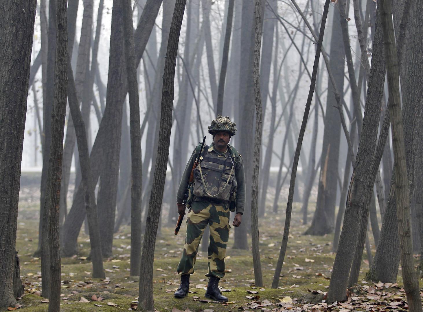 باكستان: مقتل مدنيين في كشمير بقصف هندي عبر الحدود