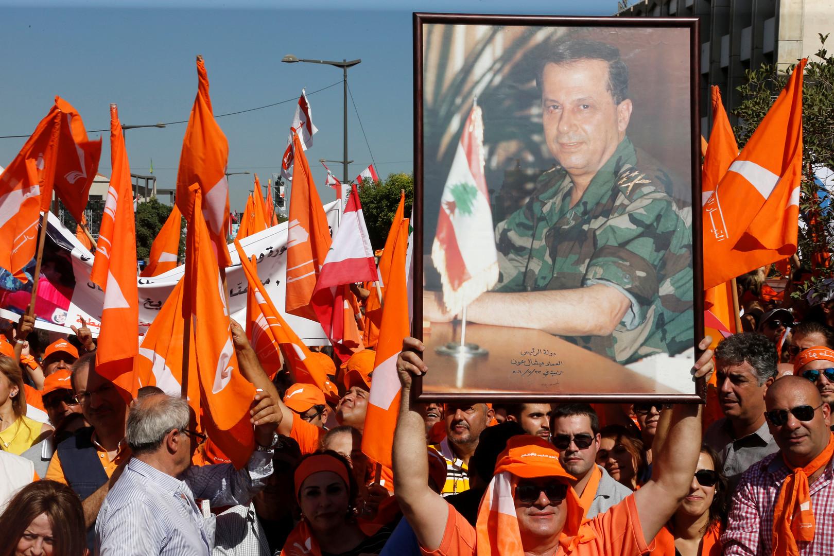 وفاة ناشط سياسي لبناني بتسمم غذائي -
