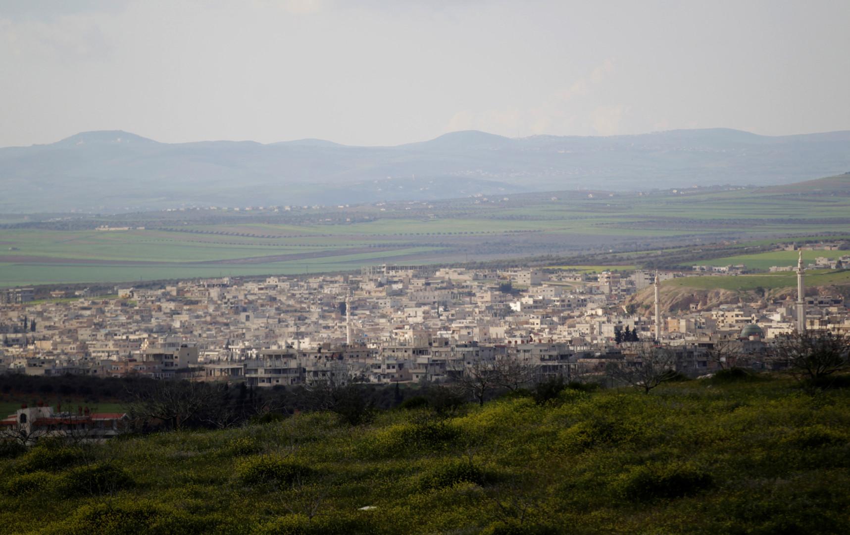 مصدر عسكري لـRT: الجيش السوري يحكم السيطرة على قرية ترعي وتلتها الاستراتيجية شرق خان شيخون