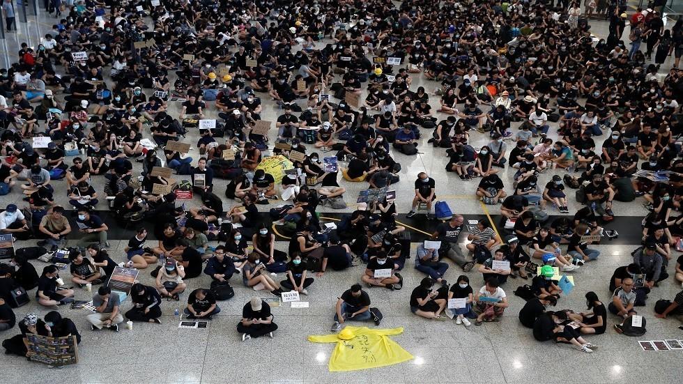 هل مصيرُ ساحة تيانانمن ينتظر المحتجين في هونغ كونغ