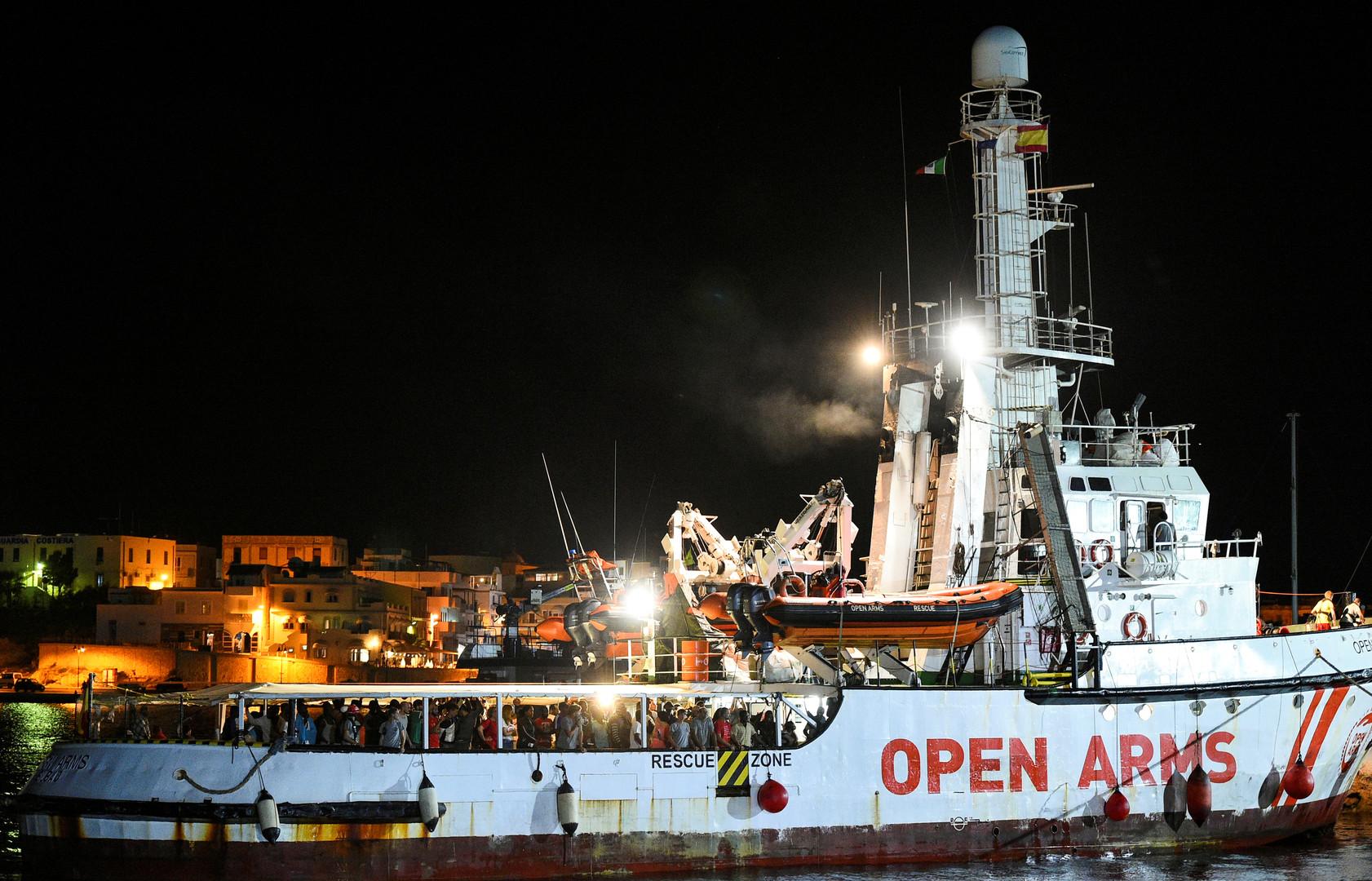 سفينة الإنقاذ الإسبانية التابعة لمنظمة