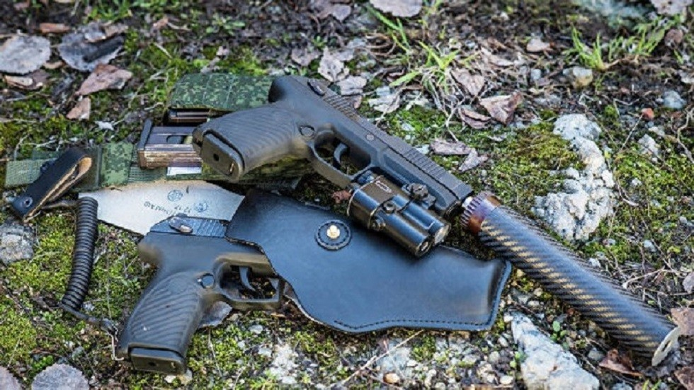 تصميم مسدس صغير خاص بأجهزة الأمن الروسية