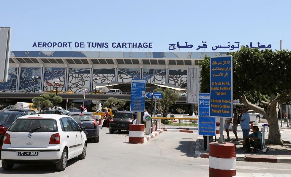 تونس.. إعادة فتح مطارقرطاج الدوليأمام مرافقي المسافرين -