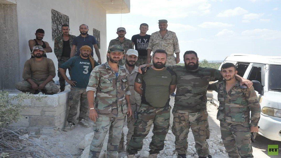 قوات الجيش السوري في خان شيخون بإدلب