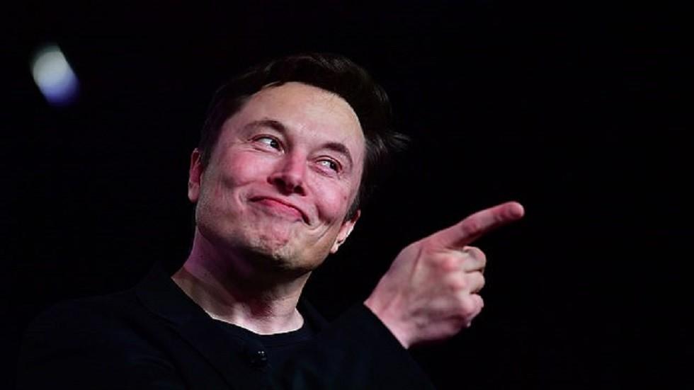 بعد أيام من الجدل.. إيلون موسك يصحح فكرة  تفجير المريخ! -