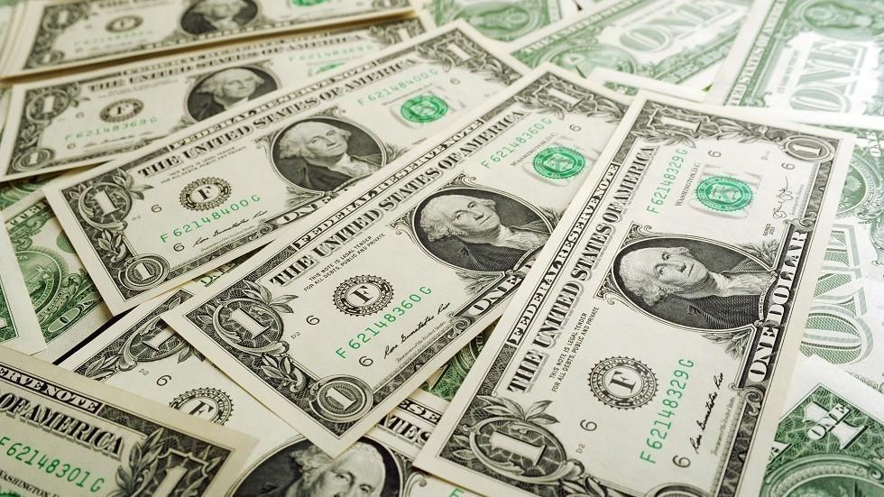 توقعات بوصول عجز الميزانية الأمريكية إلى تريليون دولار