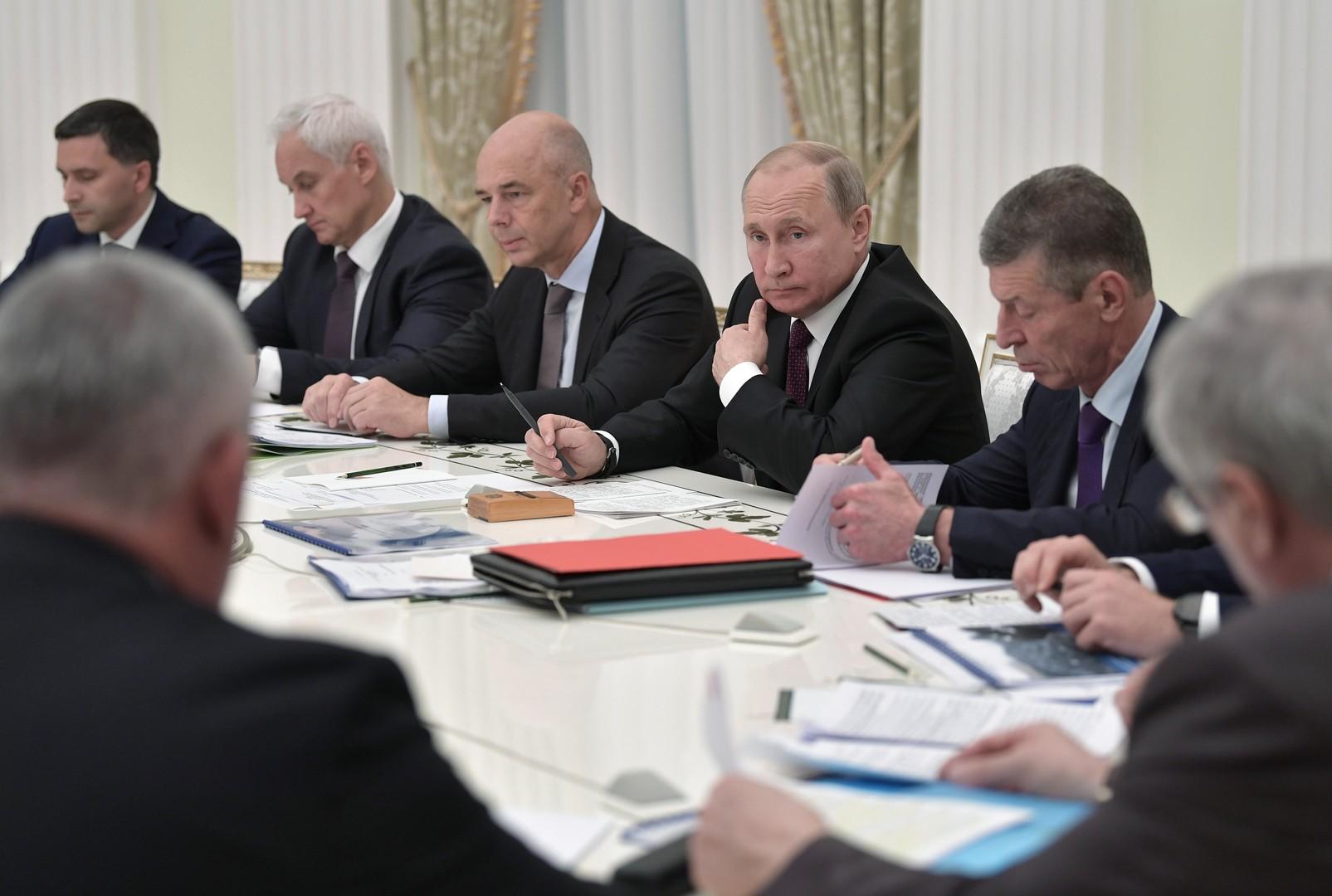 بوتين يحذر من اعتماد صناعة الفحم الروسية على التصدير