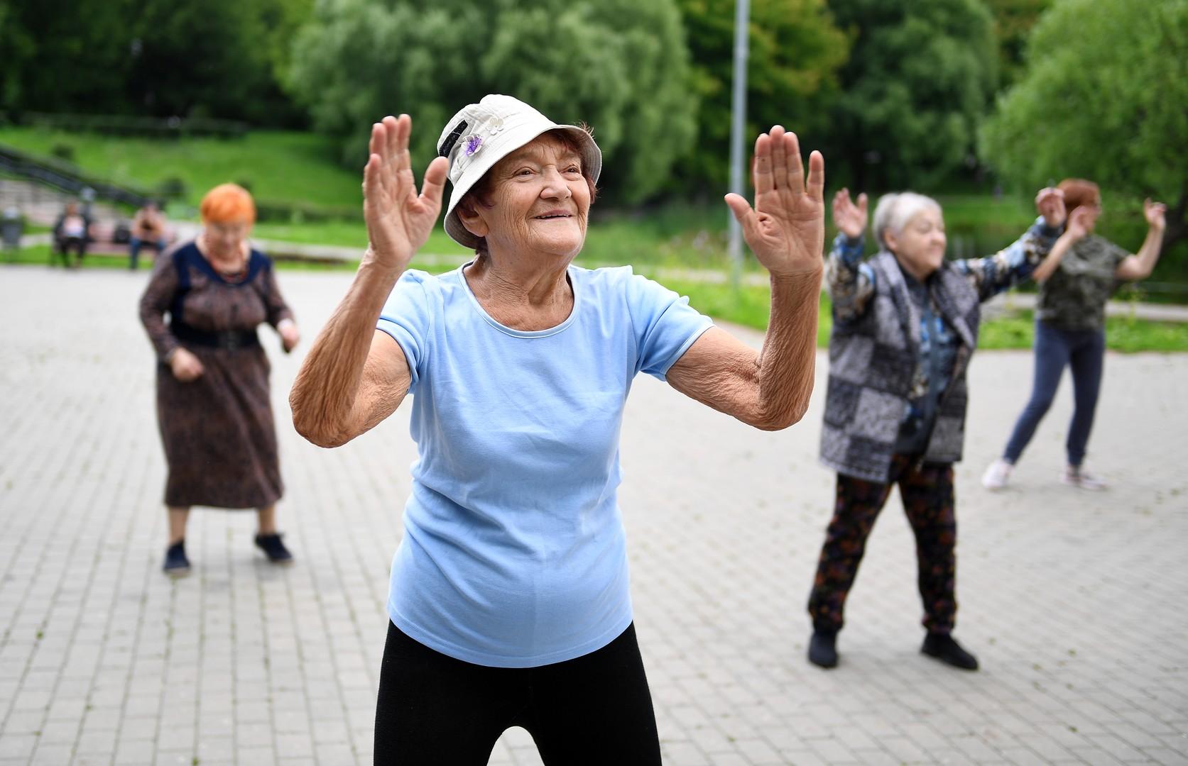 روسيا تضرب رقما قياسيا من حيث عدد المعمرين البالغين من العمر 100 عام