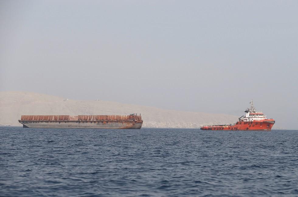 مضيق هرمز قبالة سلطنة عمان