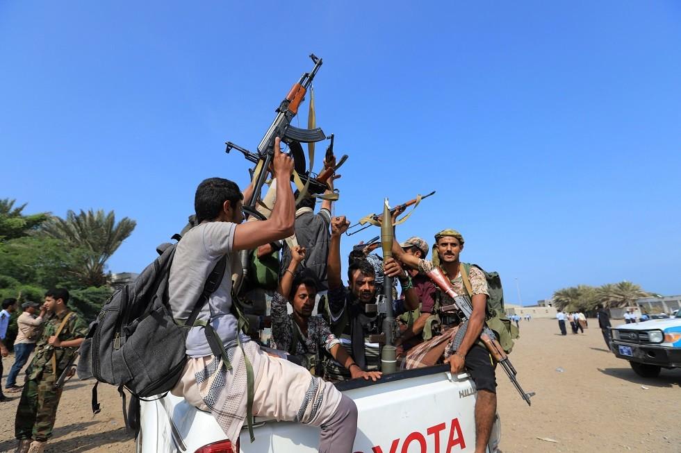 اليمن.. الحوثيون يعلنون انشقاق ضابط رفيع تابع لـ