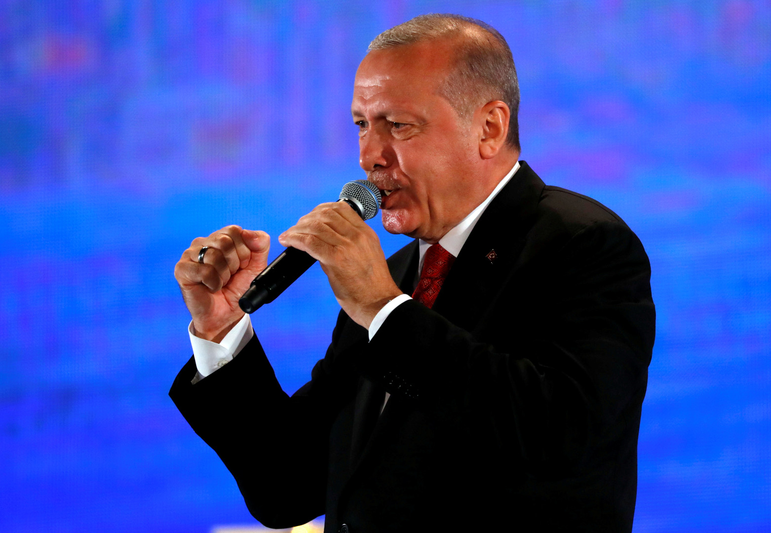 أردوغان: سأبحث مع ترامب التطورات في إدلب